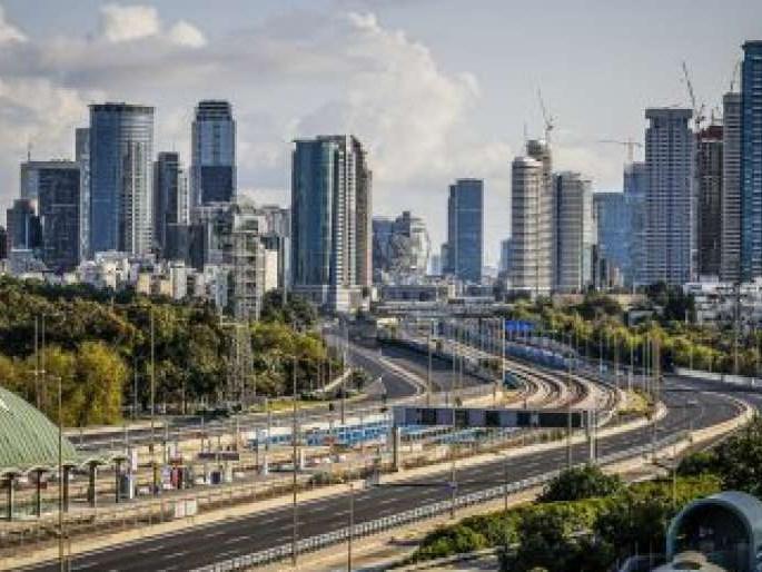 Tel Aviv start experiment met elektrische bussen die opladen terwijl ze rijden