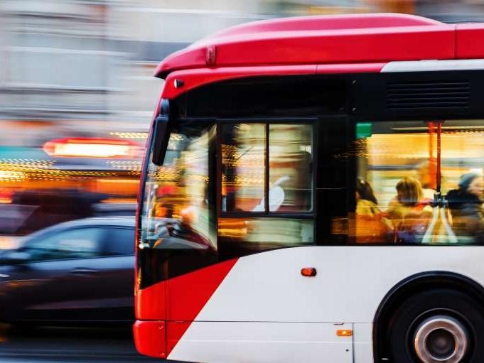 OV in Amsterdam krijgt miljoenen van overheid voor elektrisch vervoer