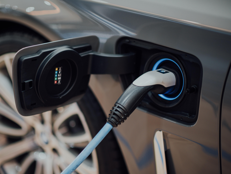 Marktaandeel elektrische auto's in EU ruim verdubbeld in tweede kwartaal