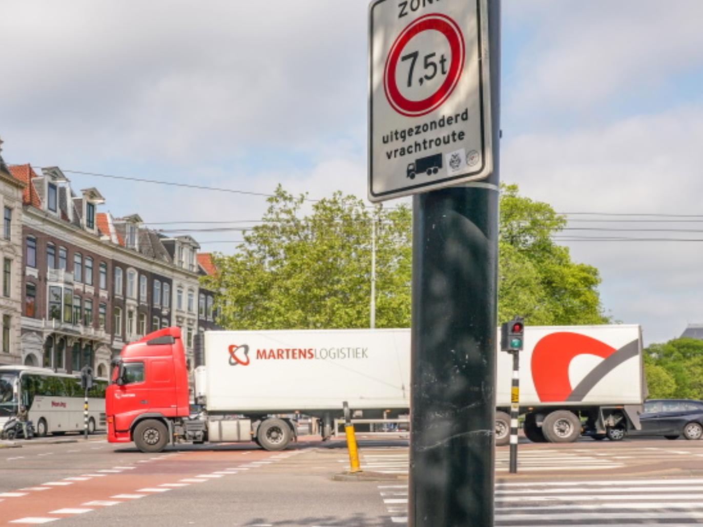 Vrachtverkeer boven 30 ton niet meer welkom in centrum Amsterdam