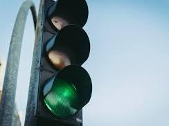 Berichtgeving op onder meer NOS.nl over het manipuleren van verkeerslichten met virtuele fietsers