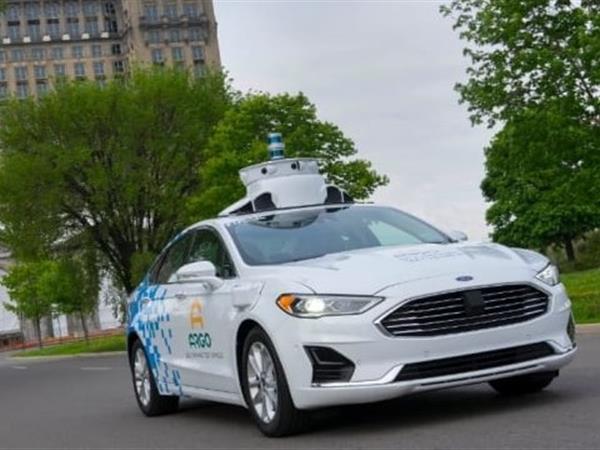 Ford schroeft ontwikkeling autonome auto terug