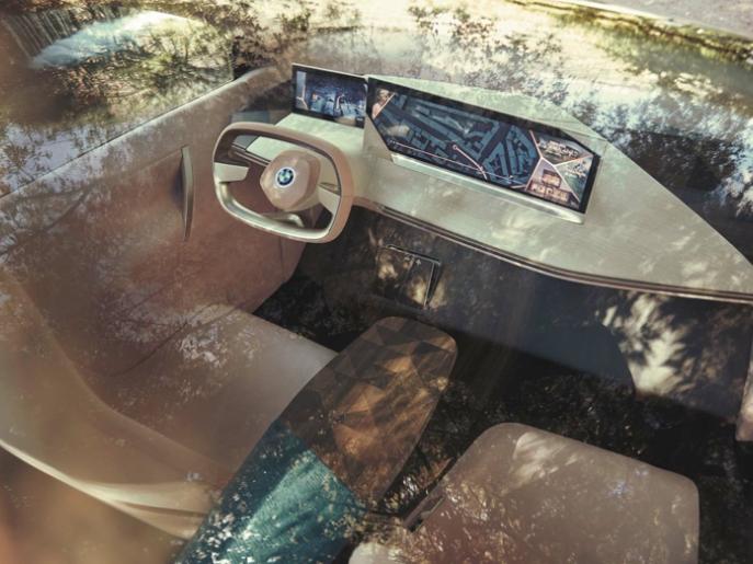 Gaat het ronde autostuur verdwijnen?