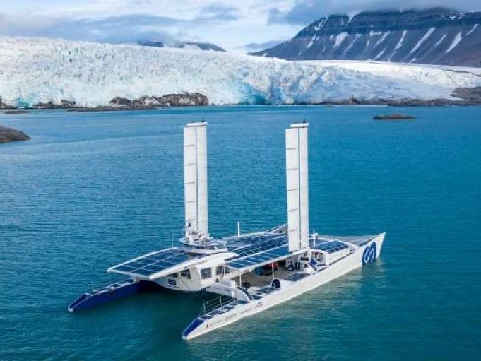 Waterstofschip en containermaatschappij werken samen aan toekomst van scheepvaart
