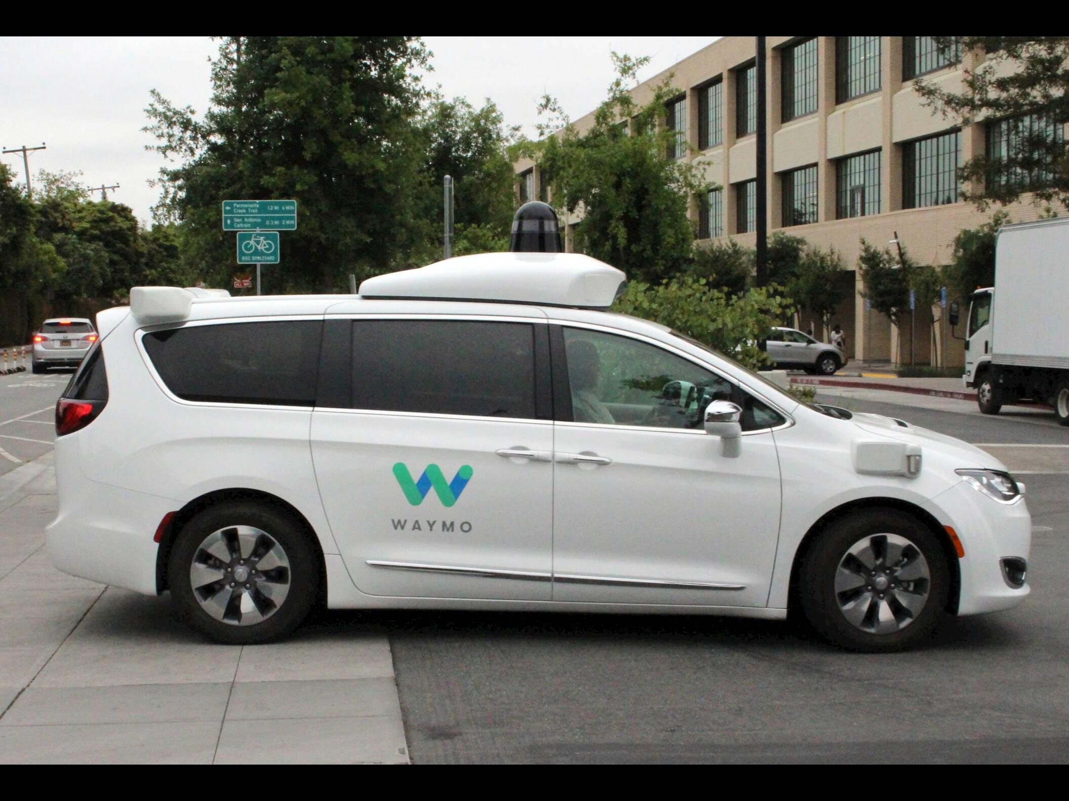 Investering van 2 miljard euro voor zelfrijdende auto Google