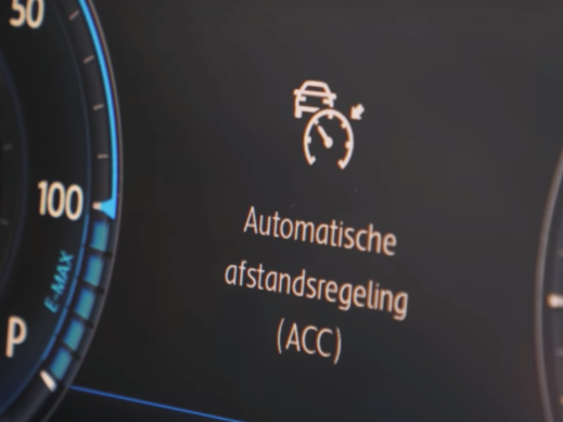 Hoe werkt adaptive cruise control?