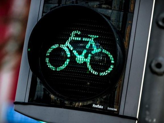 Deventer test fietsapp: Als dit werkt, hoef je nooit meer op het knopje te drukken