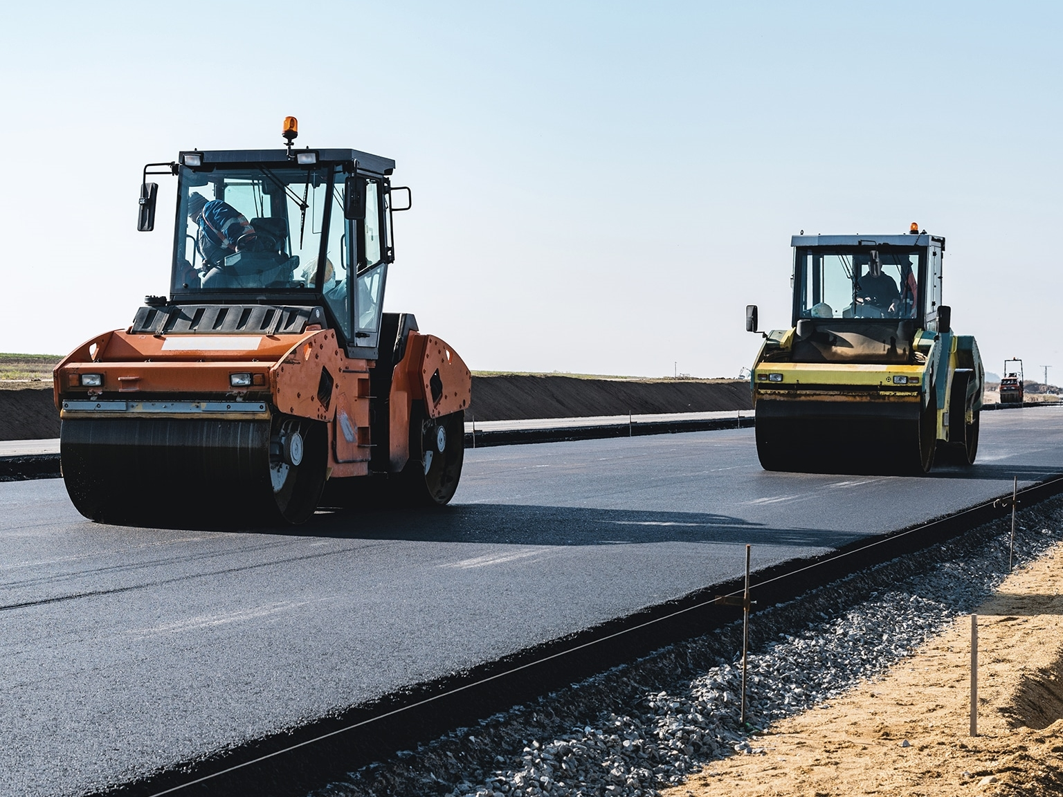 Finding the right (of) way to efficient road operation and maintenance