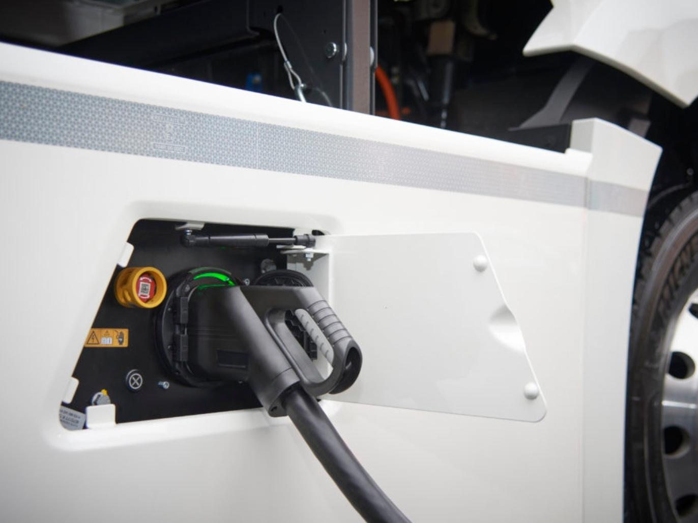 Leuk die elektrische trucks, maar hoe zit het met het elektriciteitsnet?