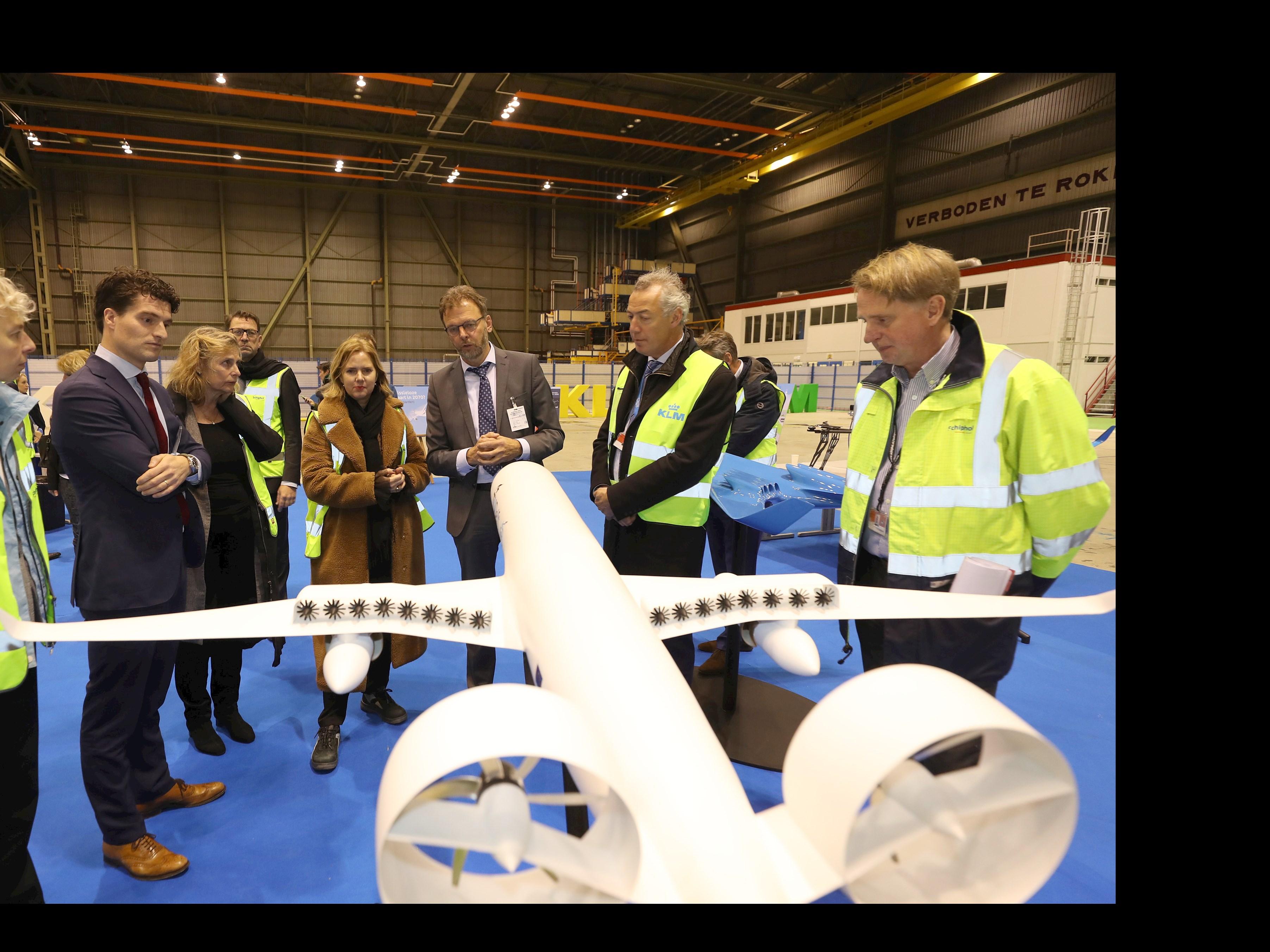 Koninklijke NLR & TUD lanceren vandaag het whitepaper, de weg naar klimaatneutrale luchtvaart 2050