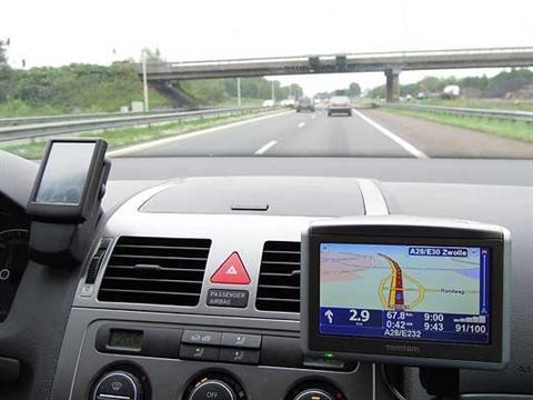 EU-landen en autofabrikanten delen informatie voor meer verkeersveiligheid