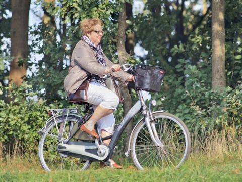 Elektrisch fietsen net zo gezond als gewoon fietsen