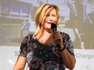 Jurylid Ellen Hiep, bestuurslid Vereniging Elektrische Rijders