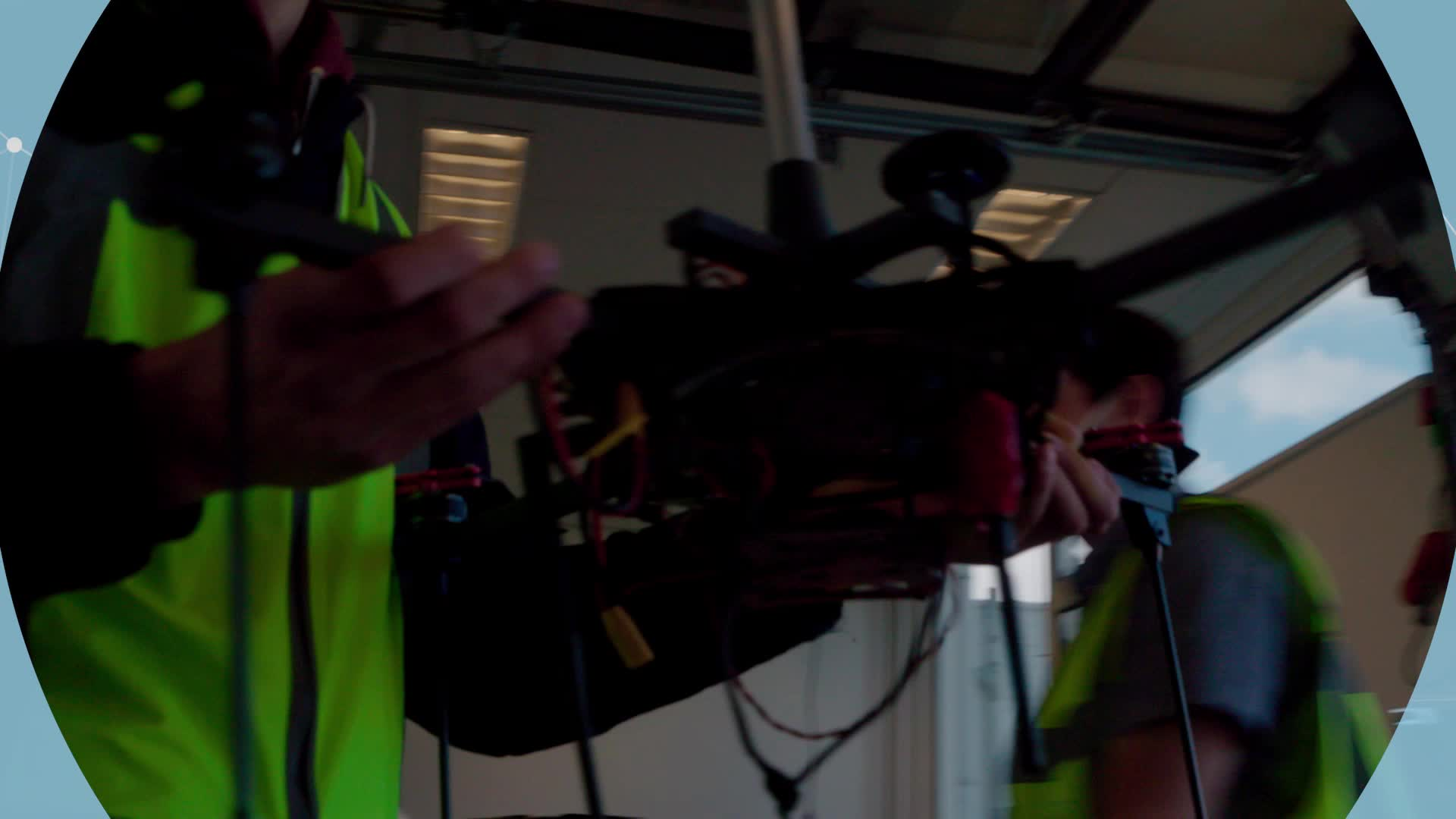 Meteo Sensors In the Sky (METSIS)-project testte het gebruik van drones als een windsensornetwerk.